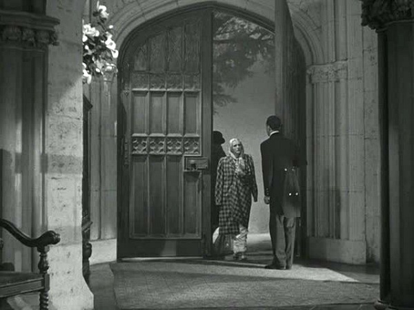 Manderley-in-classic-film-Rebecca-front-doors